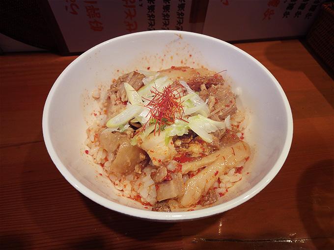 翠蓮のピリ辛チャーシュー丼