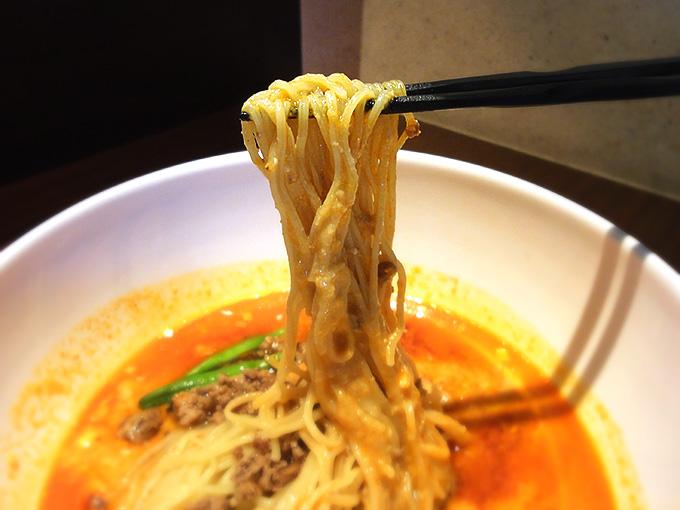 桂花担々麺の麺