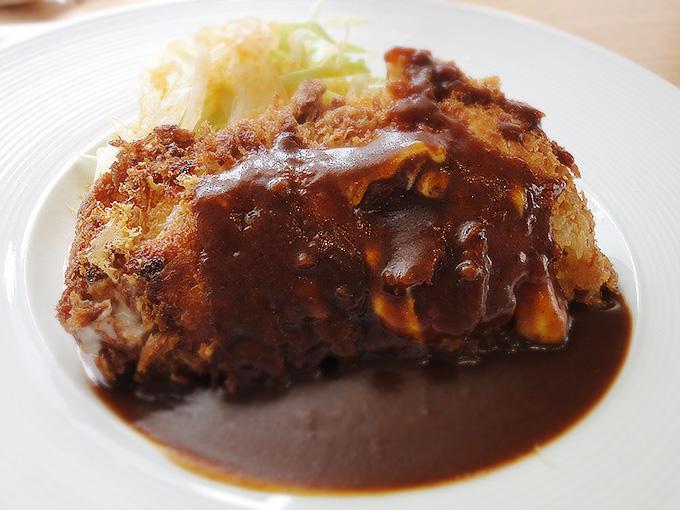 豚ロース肉のチーズカツ