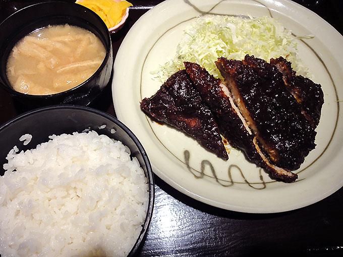 キッチンなごや 名古屋駅うまいもん通りのとんかつ