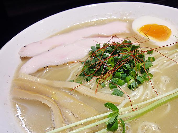 鶏そば蒼 名古屋市中村区中村区役所大門横丁の鶏白湯
